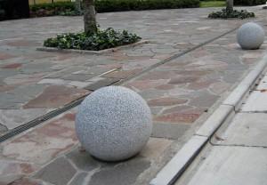 擬石ボラード